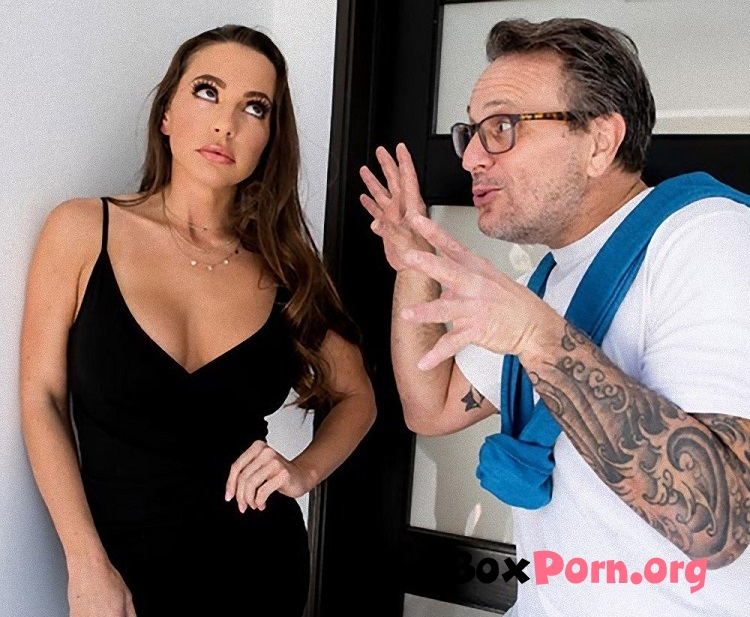 Nailed At The Estate Sale - Abigail Mac (2019 | SD | Brazzers, RealWifeStories)