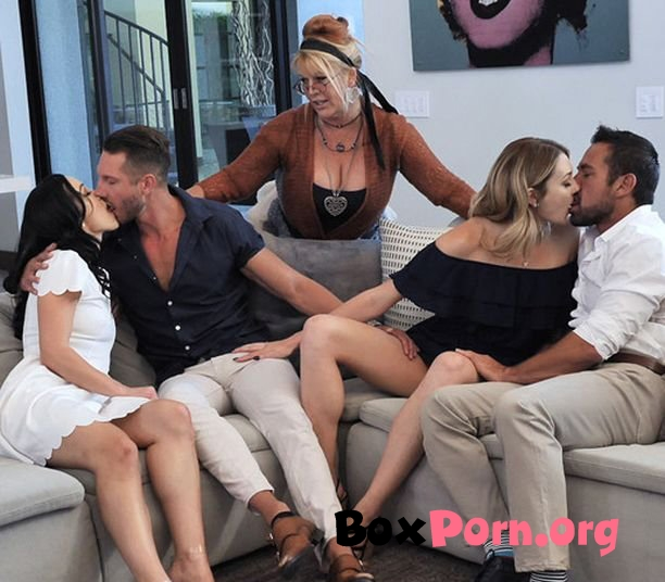 Unconventional Stepdaughter Sex Therapy - Charlotte Sins, Diana Grace (07.10.2019 | FullHD | DaughterSwap)