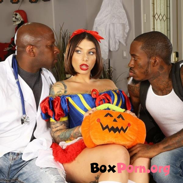 Ivy Lebelle Goes Trick Or Treating For Double Penetration - Ivy Lebelle (29.10.2019 | FullHD | BangTrickery, Bang)